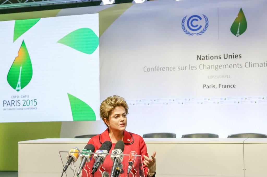 Dilma Rousseff após a 21º Conferência das Partes da Convenção-Quadro das Nações Unidas sobre a Mudança do Clima (COP21), em Paris. Foto: Rafael Carlota/PR